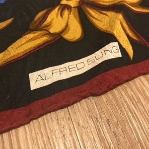 ALFRED SUNG Accessories - Vintage Alfred Sung 100% Silk Scarf
